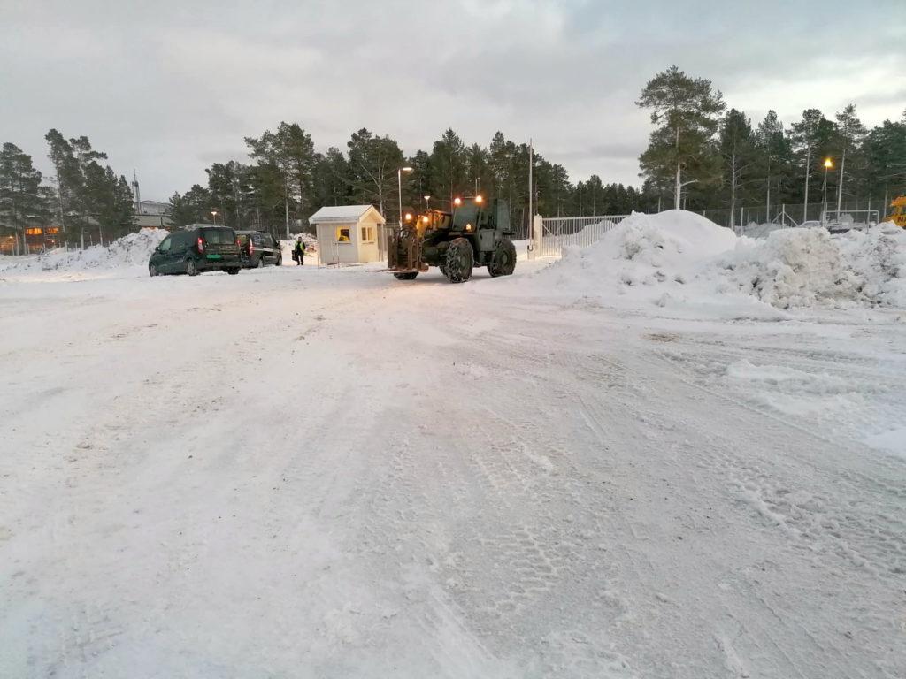 Partner in de sneeuw